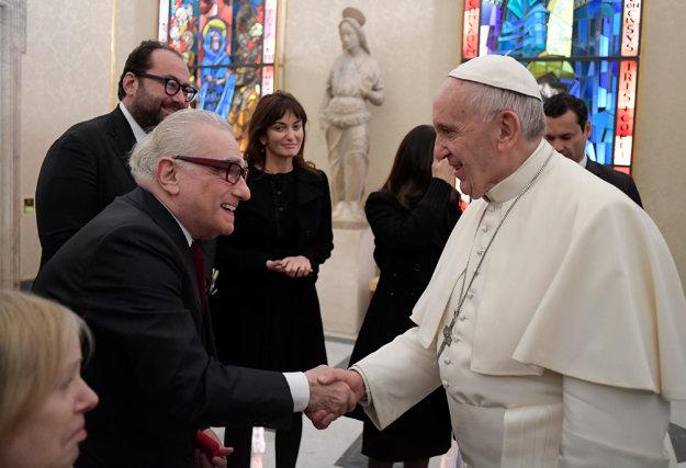Režisér Martin Scorsese s Františkom.