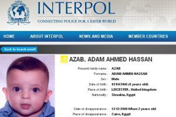 Záznam o Adamovi je vo verejnej databáze Interpolu. Chlapec už má šesť rokov.