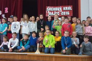 Účastníci podujatia pod názvom Šachový kráľ.