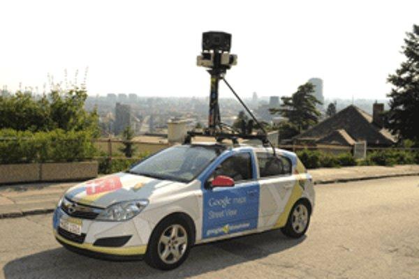 Google auto jazdí aj v uliciach Prievidze.