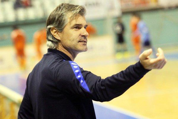 Tréner Nitry Róbert Barborík.