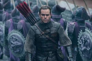 Matt Damon zachraňuje ľudstvo, nie Číňanov.