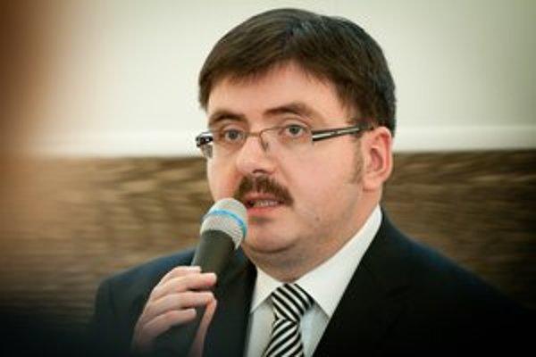 Primátor Partizánskeho Jozef Božik.