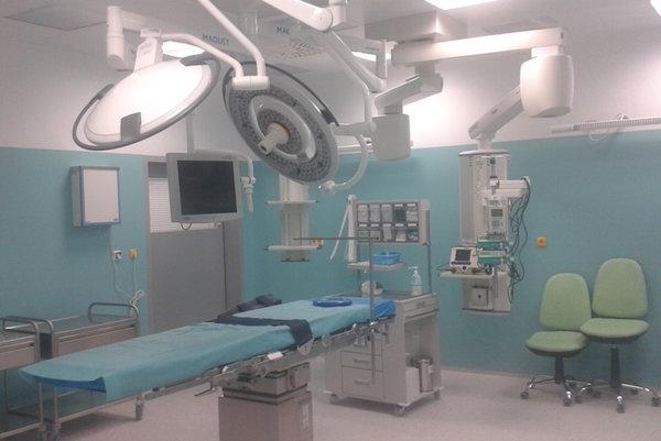 Operačná sála. Pokazila sa vzduchotechnika.