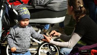 Matovič chce pomáhať rodinám. Na aké príspevky od štátu majú rodičia aktuálne nárok?