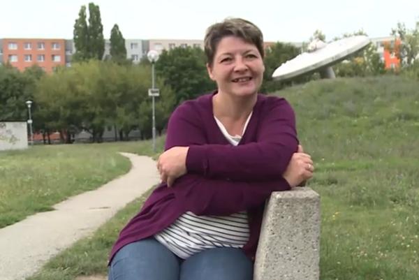 Zuzana Pravňanská. Usporiadala si život a pracuje ako vodička električky.