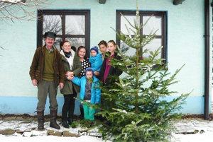 Vianočný stromček vždy poteší malých iveľkých.