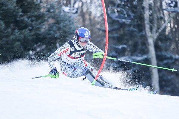 Veronika Velez-Zuzulová počas slalomu v Záhrebe.