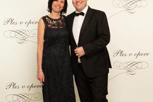 Generálny riaditeľ TV Markíza Matthias Settele s partnerkou