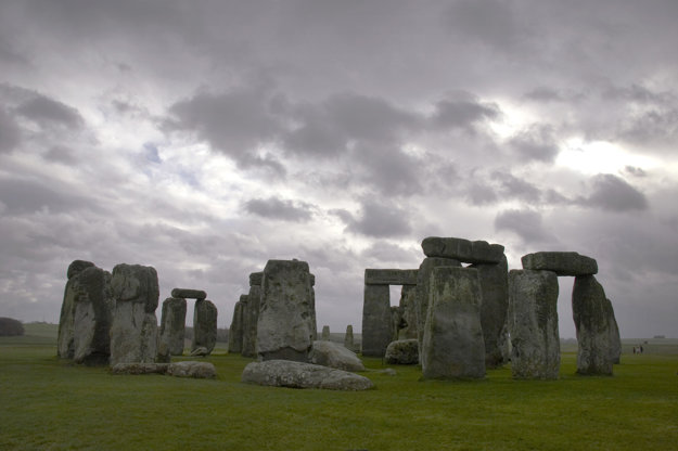 O pôvode Stonehengeu stále mnoho nevieme.