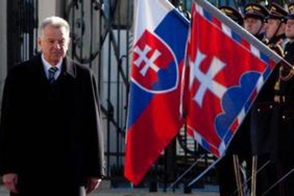 Pál Schmitt na návšteve v prezidentskom paláci,