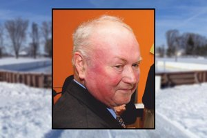 Zakladateľ hokeja v Sľažanoch Anton Kováč zomrel 31. 12. 2016 vo veku 69 rokov.