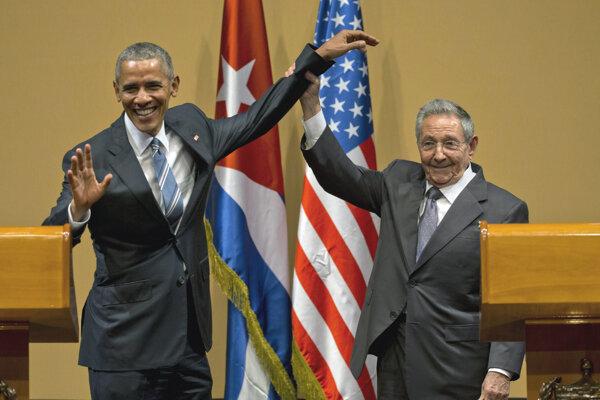Obama sa Raúlom Castrom stretol pred rokom.