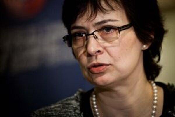 Žitňanská nechcela povedať, či novela zavedie hmotnú zodpovednosť verejných funkcionárov.