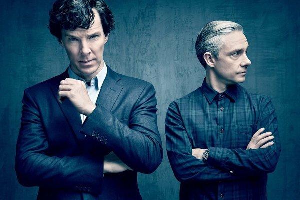 Benedict Cumberbatch a Martin freeman (vpravo) v seriáli Sherlock.