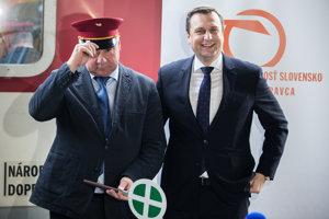 Minister dopravy Árpád Érsek a predseda NR SR Andrej Danko počas príhovoru pri príležitosti 1. jazdy vlaku InterCity. Bratislava, 11. december 2016.