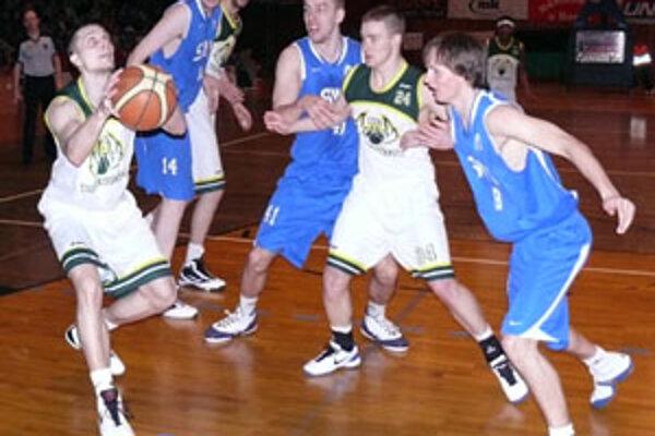 Prievidzský basketbal môže teraz podporiť každý formou finančnej zbierky.