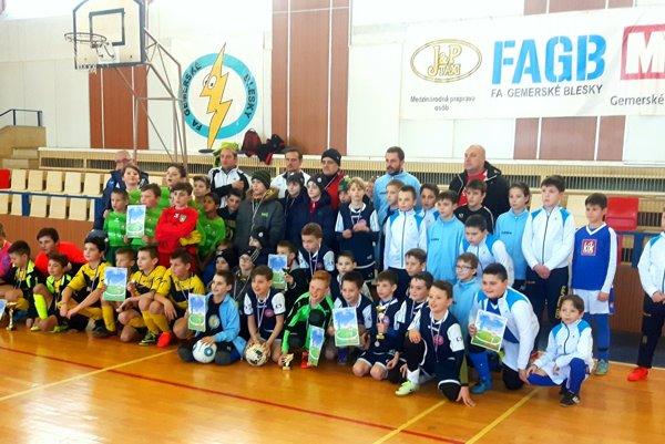 Účastníci Novoročného turnaja.