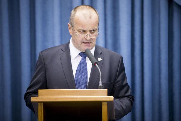 Minister Peter Gajdoš (SNS)
