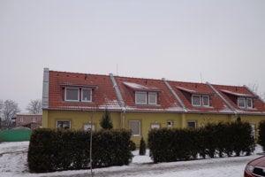 Mestské nájomné domy. Vtakomto type býva aj primátor.