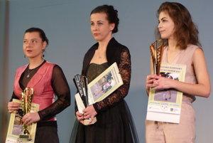 ŽENY: Anna Cvečková, Maria Truissard, Michala Prokešová