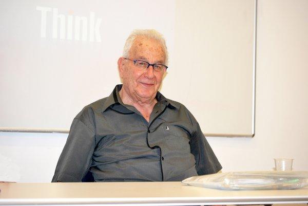 Naftali Fürst spomína na hrôzy holokaustu.