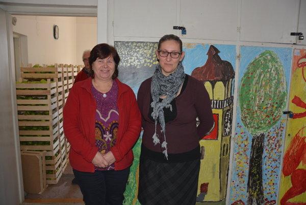 Diecézna charita vRožňave. Helena Katonová (vľavo) aAndrea Janická Rudnayová, riaditeľka Diecéznej charity vRožňave.