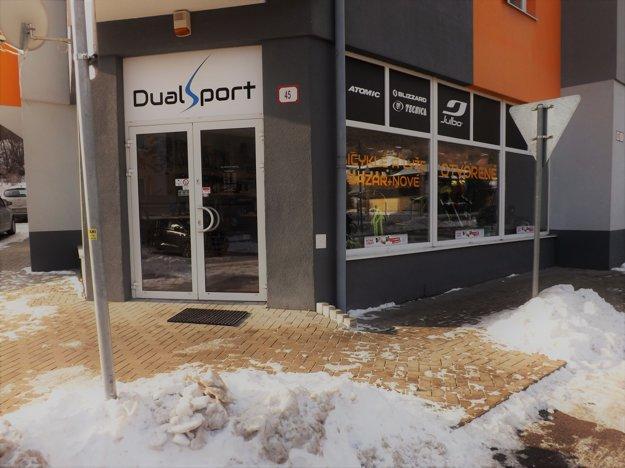 Novú predajňu Dual Sport nájdete na Kvačalovej 45 v Žiline.