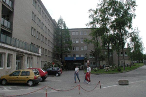 Dlh bojnickej nemocnice sa v minulom roku opäť prehĺbil.