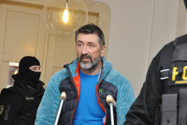 Ľubomír K. prezývaný Kudla alebo Rabín.