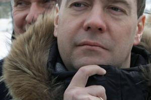 Medvedev príde krátko po výročí oslobodenia Bratislavy.