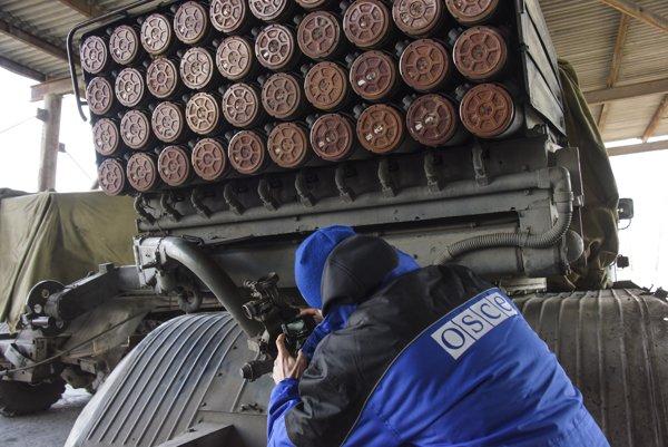 Misia OBSE má objektívne informovať o dianí na Ukrajnie.