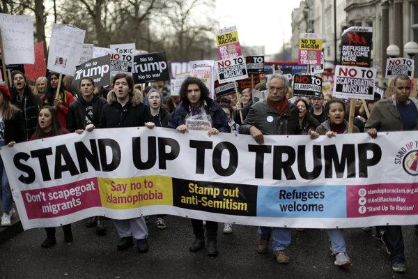 Protest v Británii.