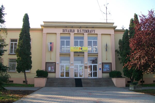 Divadlo B. S. Timravy v Lučenci.