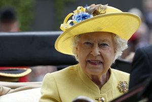 Hlavou štátu je britská kráľovná Alžbeta.