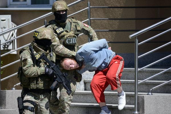 Bosnianska polícia zatkla v posledných rokoch desiatky podozrivých džihádistov.