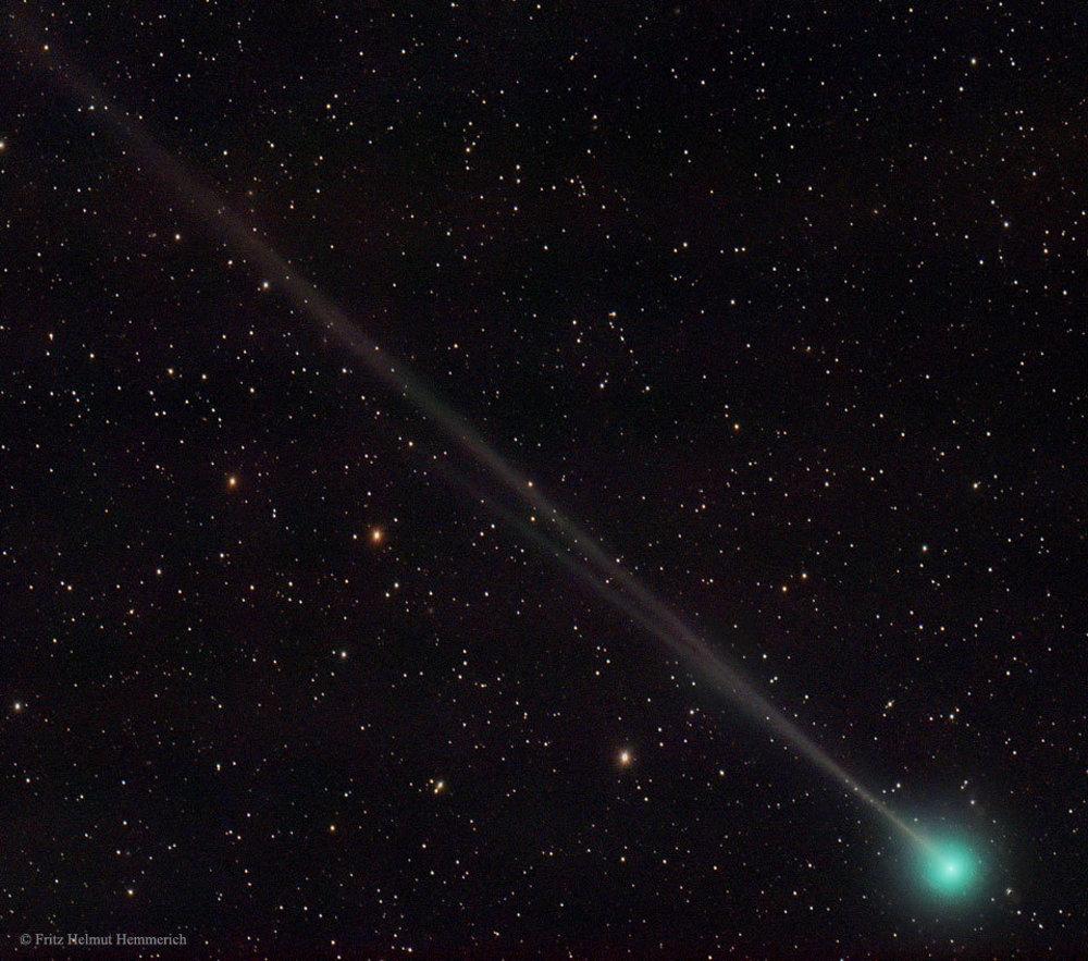 kométa 45P/Honda-Mrkos-Pajdušáková