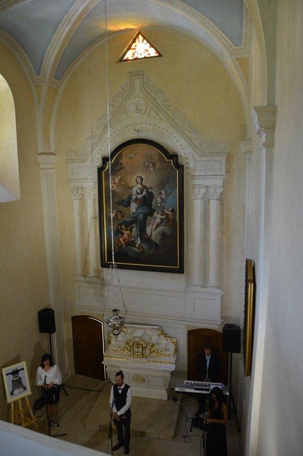 Interiér kaplnky na Budatínnskom hrade.