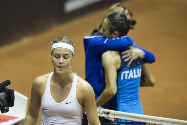 Anna Karolína Schmiedlová zápas s Francescou Schiavoneovou nezvládla.