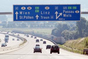 Rakúsko zavádza elektronické diaľničné známky.