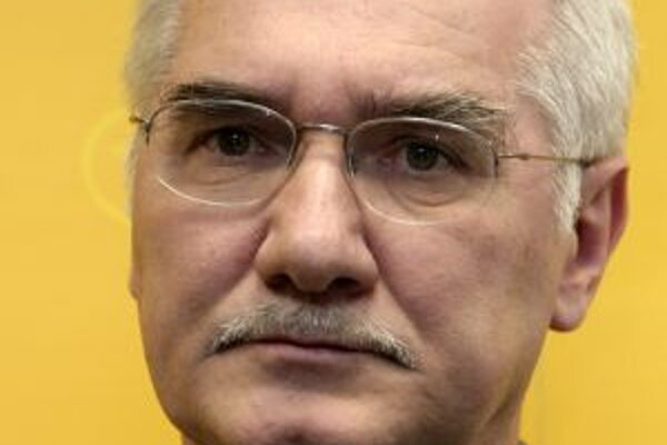 Europoslanec za KDH Miroslav Mikolášik.