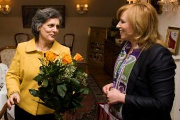 V zahraničí bola Iveta Radičová aj pred týždňom. V Budapešti sa stretla s ministerkou zahraničných vecí Kingou Gönczovou.