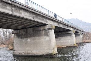 Mosty na Orave sú vhroznom stave. Už druhý, po Podbieli teraz vNižnej, je vhavarijnom stave ahrozí, že spadne.