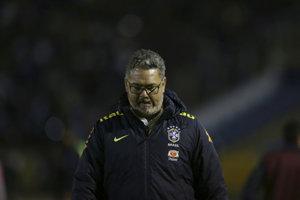 Brazílska futbalová konfederácia (CBF) prepustila trénera Rogeria Micaleho, ktorý minulý rok v lete priviedol Brazíliu k historickému zlatu na OH v Riu de Janeiro.