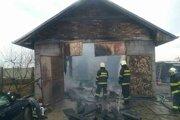 Na mieste zasahovali hasiči z Galanty.