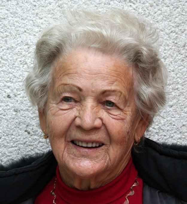 Hádali by ste jej tento krásny vek?