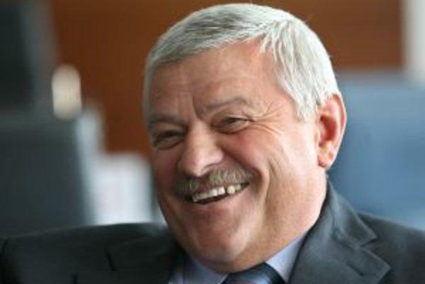 Poslanec za ĽS-HZDS Tibor Mikuš.