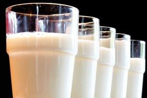 Mlieko, syry a mliečne výrobky.