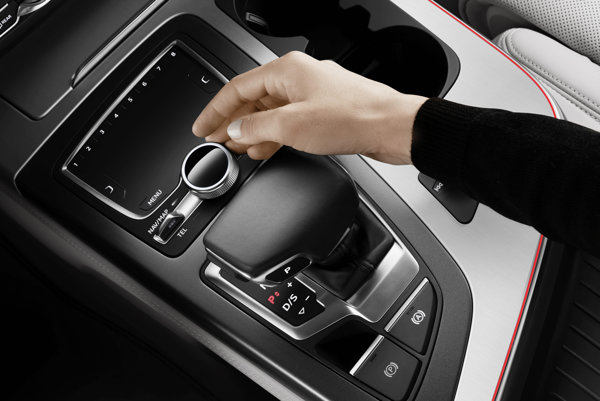 Volič prevodovky v Audi Q7.