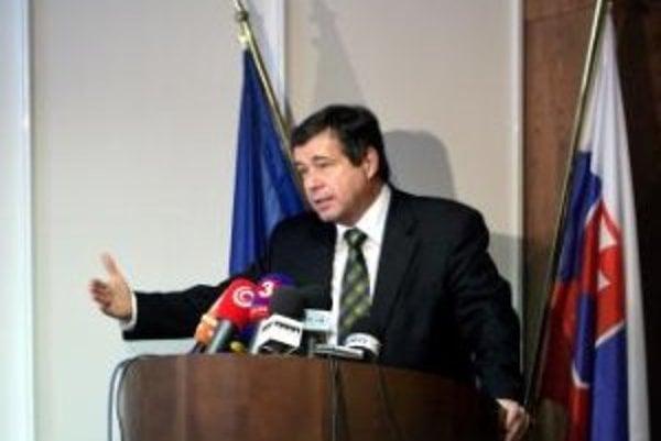 Minister školstva Ján Mikolaj (SNS).